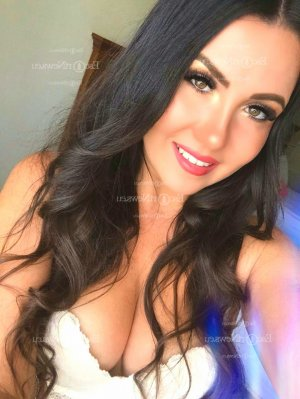 Ece escorts services in Vacaville California