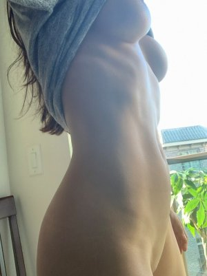 Jinane outcall escort in Menlo Park