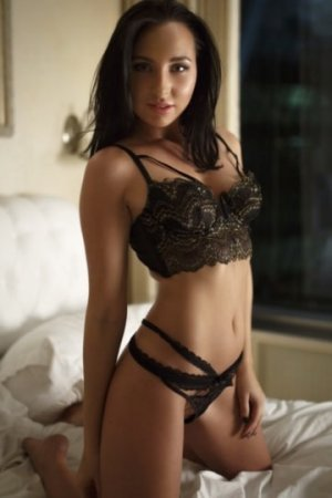 Aissya outcall escort in Spring Lake North Carolina