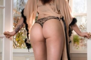 Saoussan outcall escorts