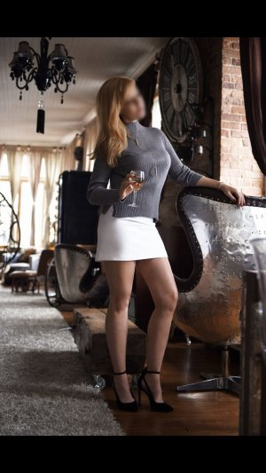 Mayssene black independent escort in Saratoga