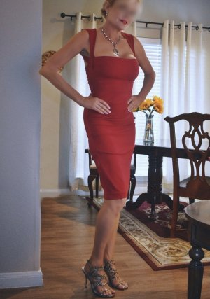 Nessrine incall escorts in Hueytown